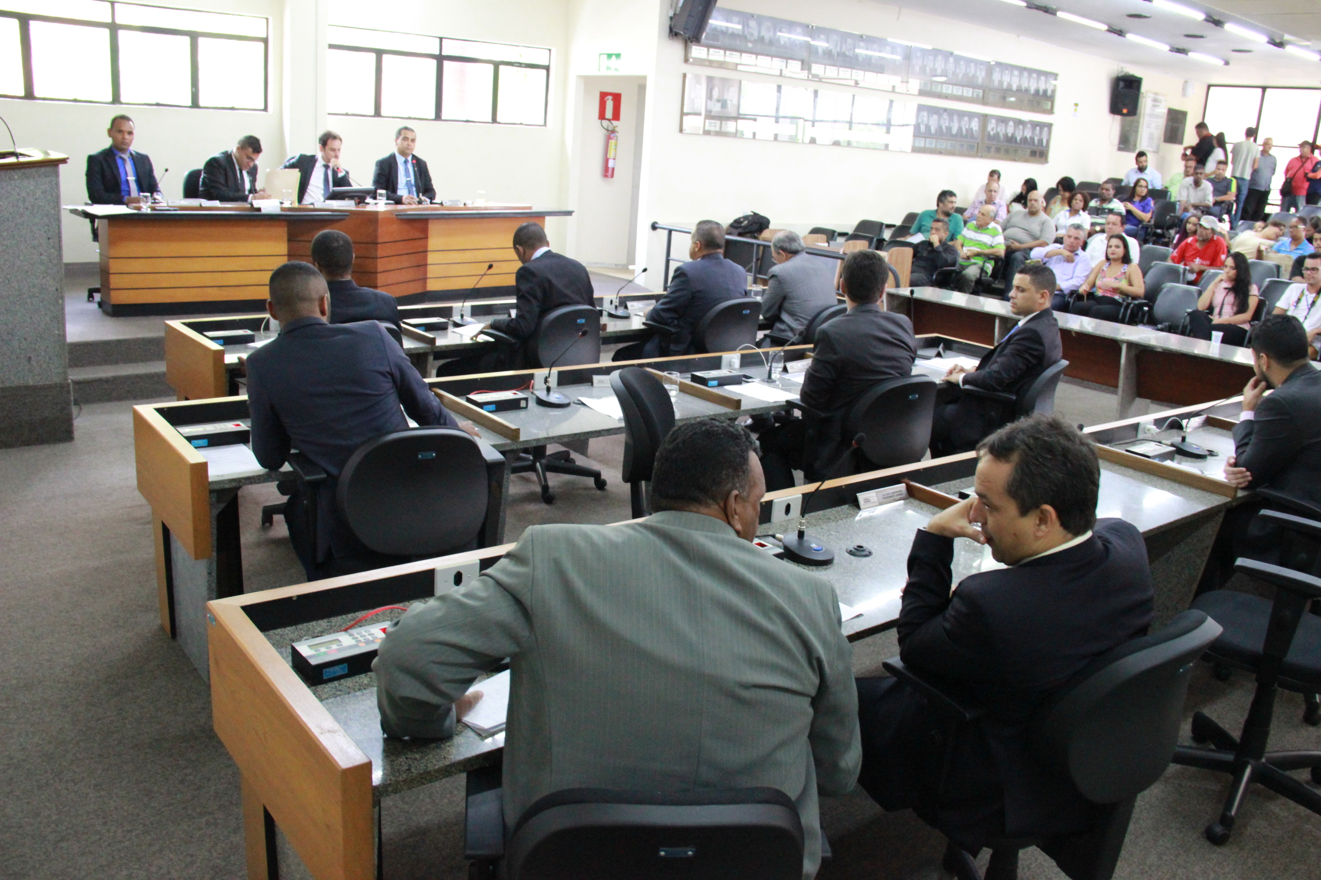 Pausa no recesso: vereadores de Itabira votarão novo empréstimo para a Machado de Assis nesta quinta