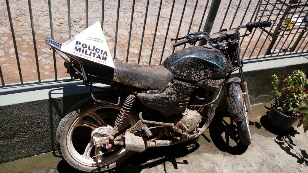 Moto roubada no Vale do Aço é encontrada em Ferros