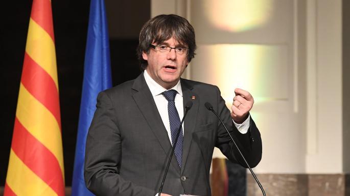 Presidente destituído da Catalunha insiste em governar de Bruxelas