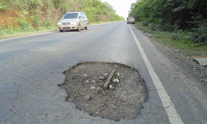 BR-381: rodovias na região de Itabira exigem atenção redobrada com a chuva e buracos na pista