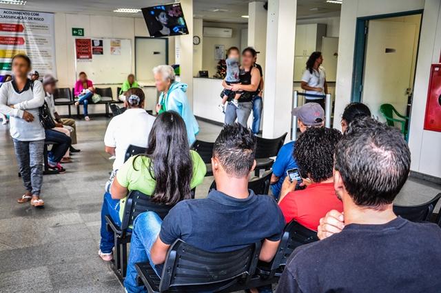 Projeto obriga informações visíveis sobre médicos em atendimento na rede de saúde municipal