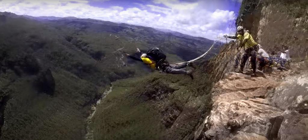Grupo de São Paulo bate recorde saltando a 273 metros em Conceição do Mato Dentro
