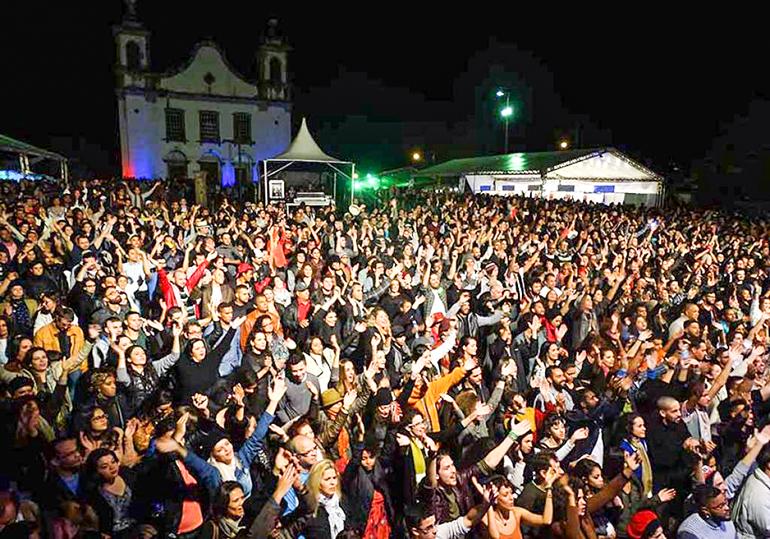 Por patrimônio histórico, Festa do Vinho de Catas Altas não terá shows renomados na praça da Matriz
