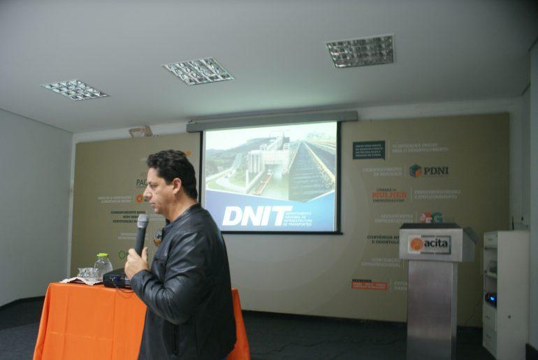 Em reunião em Itabira, superintendente do Dnit aponta falta de verba para obras na BR-381