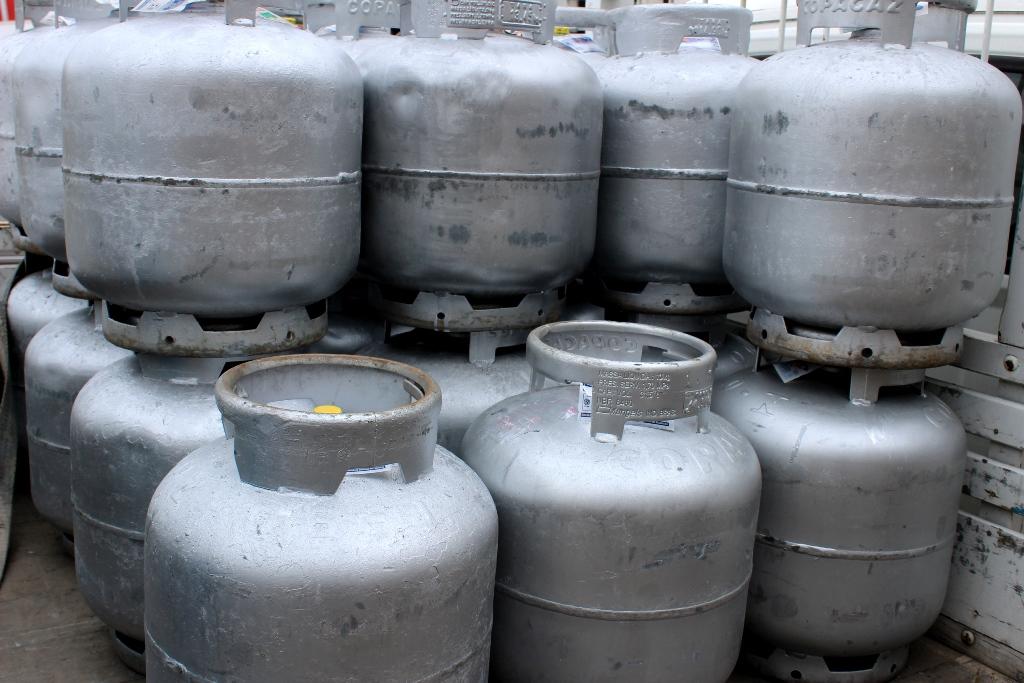 Greve dos caminhoneiros reflete em fornecimento de gás e supermercados de Itabira