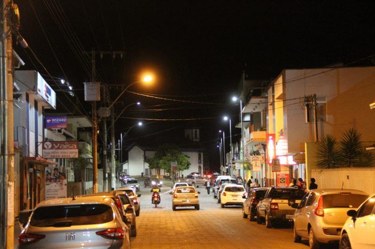 Centro Histórico de Santa Bárbara é iluminado com lâmpadas de LED