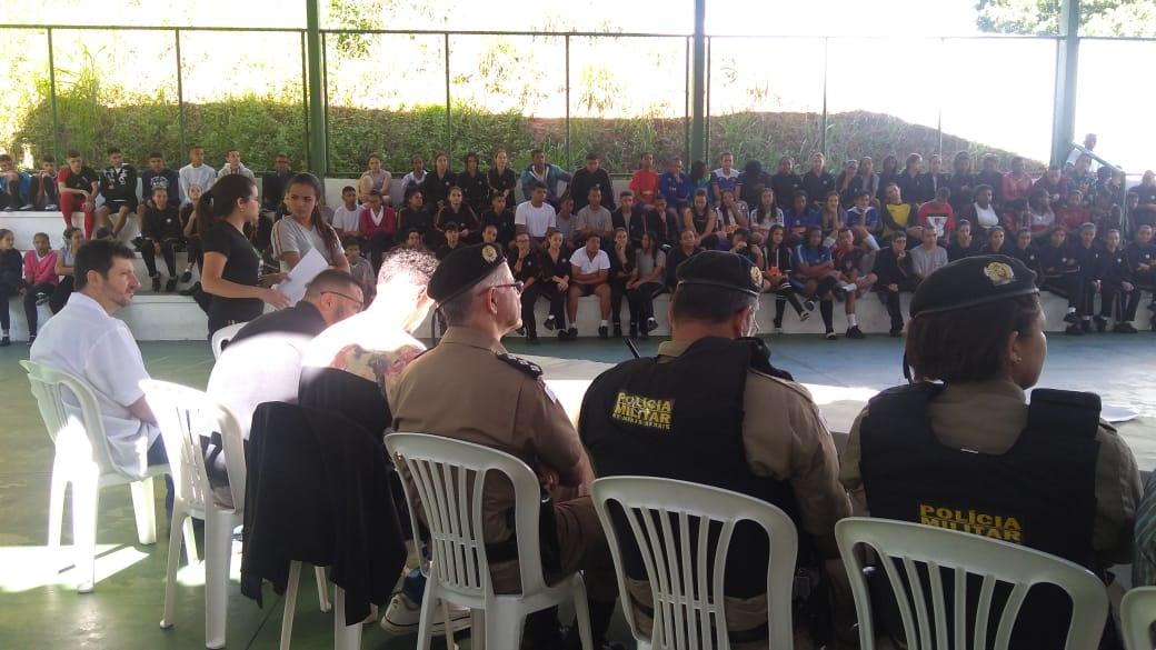 Parlamento Jovem chega às escolas