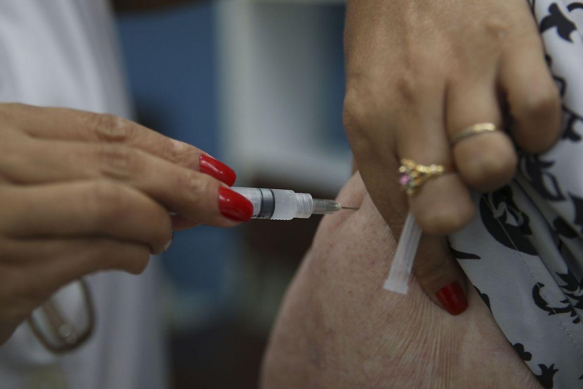 Contra a gripe, campanha deve imunizar quase 2.500 pessoas em São Gonçalo