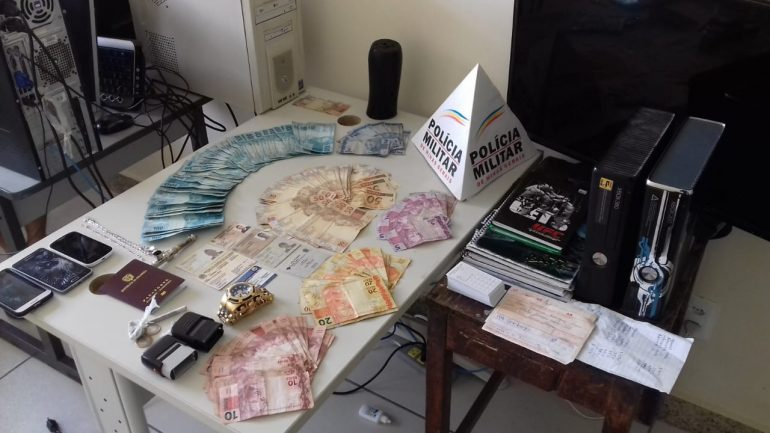 Colombianos são presos em Itabira acusados de agiotagem