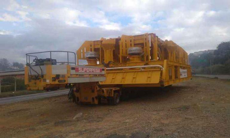 Transporte de peça gigante interdita completamente a BR-381 nesta quarta-feira