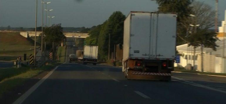 Rodovias federais não têm mais concentração de caminhoneiros, diz PRF
