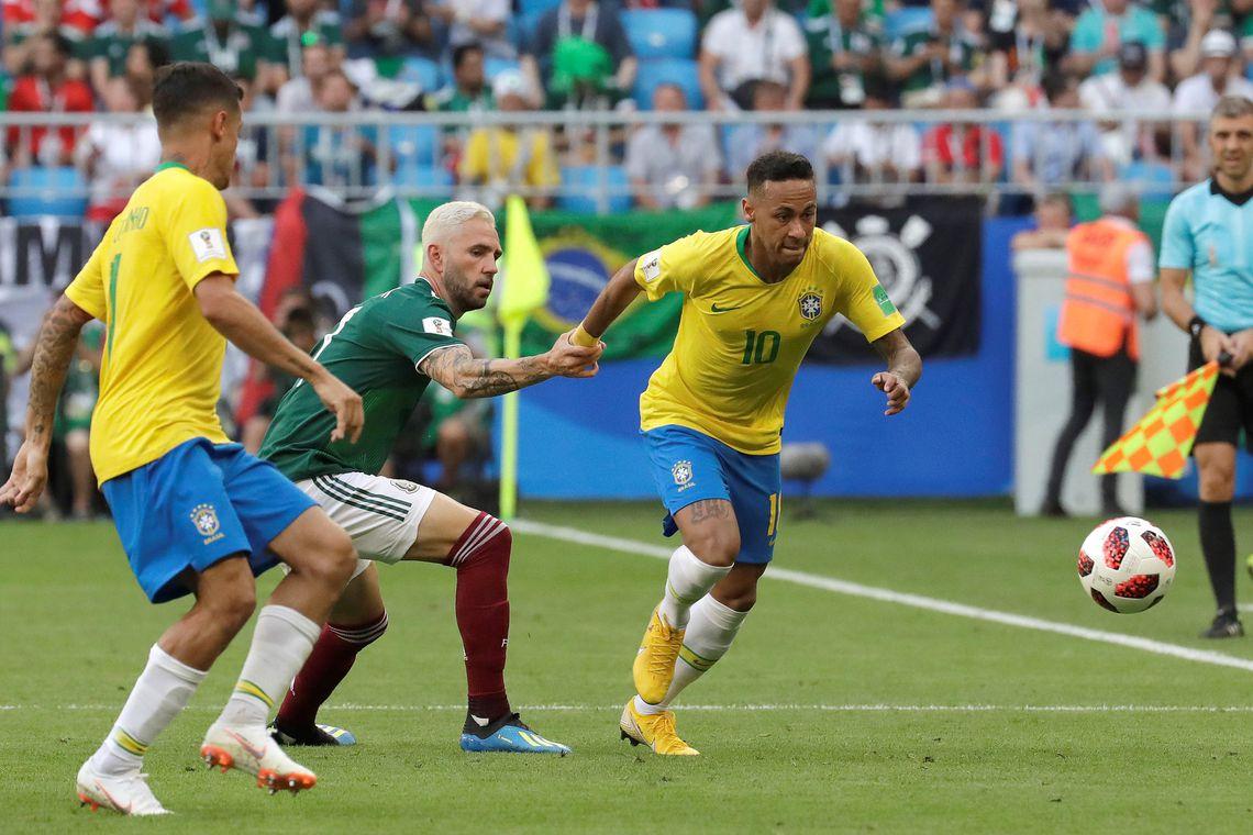 Brasil deslancha no segundo tempo, bate o México e está nas quartas de final