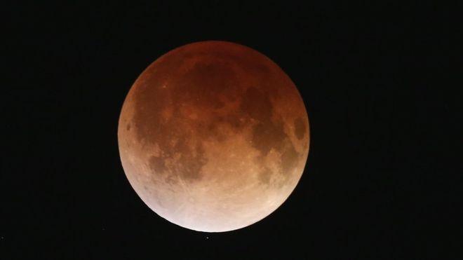 Eclipse lunar poderá ser observado em Catas Altas durante Eco Inverno