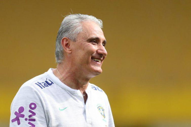 Brasil terá Fernandinho e retorno de Marcelo contra a Bélgica