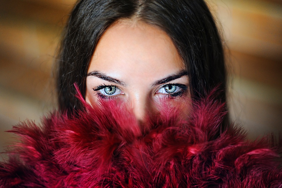 Maquiagem para aumentar os olhos: 6 passos para destacar o olhar