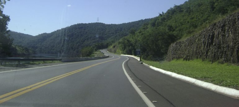 Veja como estão as estradas federais de Minas Gerais na manhã desta sexta, 6