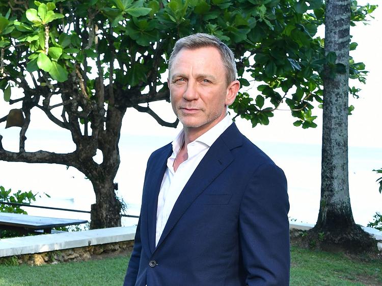 Filmagens de 'Bond 25' atrasam novamente por causa da agenda de Rami Malek, vilão do longa