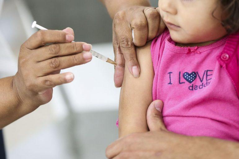 Após surto, Alemanha quer tornar obrigatória vacina contra sarampo