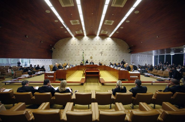 STF valida perdão a condenados por corrupção