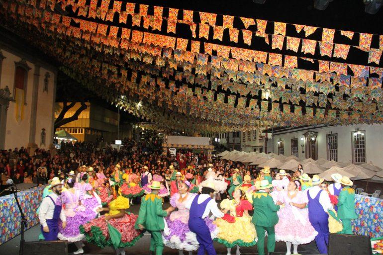 Festa de Santo Antônio acontece em Santa Bárbara até esta quinta-feira