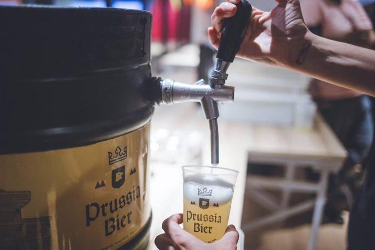 Prussia Bier leva o charme de uma choperia à sua festa e na quantidade certa