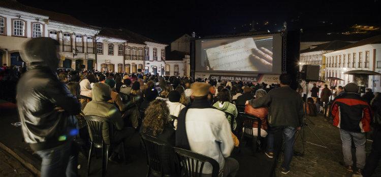 Documentário resgata história do filme mais antigo do Brasil