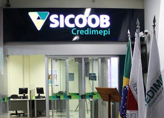 Sicoob Credimepi contrata diferentes profissionais
