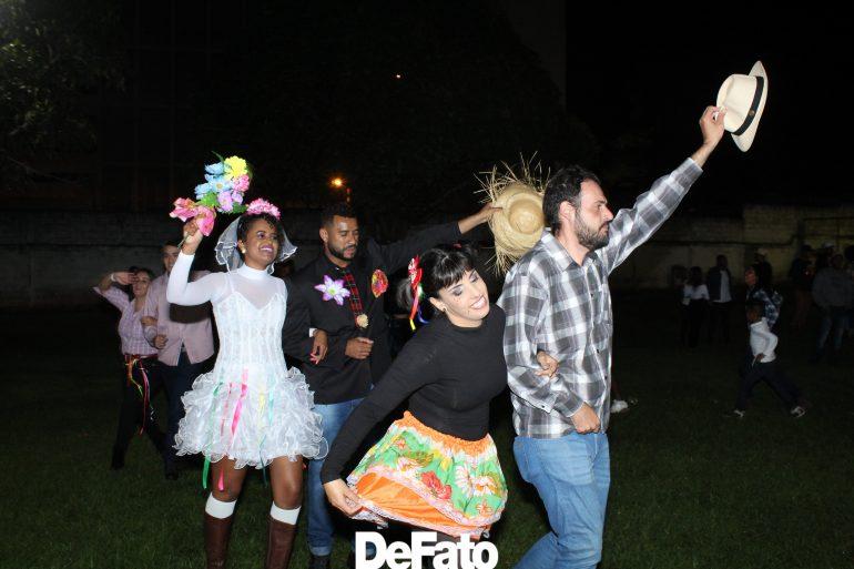 Festa Junina do Cerp/Unopar anima noite em Itabira. Veja fotos!