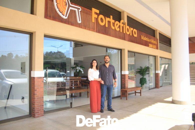 Fortefibra inaugura loja em Itabira com opções de móveis rústicos e madeira de reflorestamento para construção