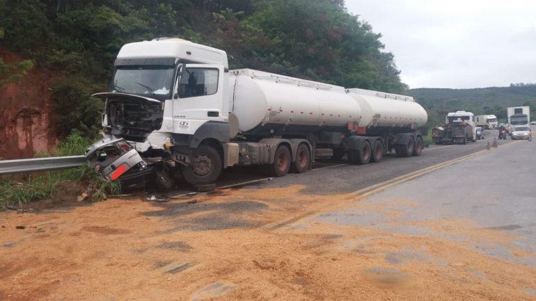 Acidente na BR-381 faz cinco vítimas fatais