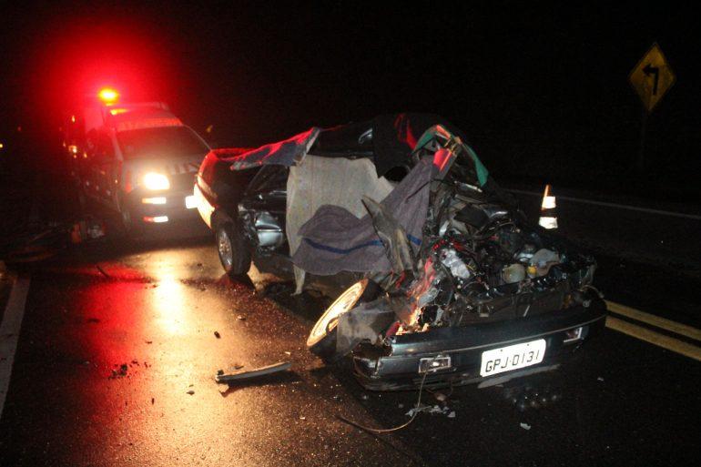 Casal morre em acidente na BR-381 em São Gonçalo do Rio Abaixo