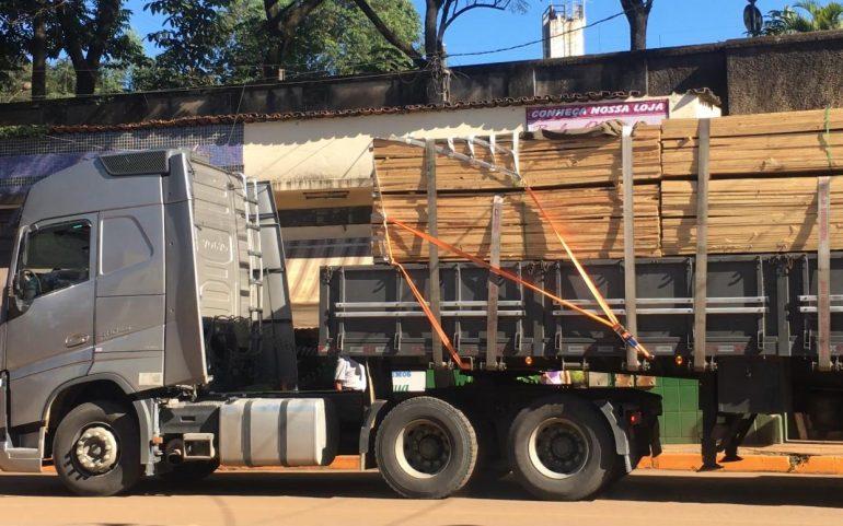 Tráfego de caminhões pesados se intensifica em Barão de Cocais em direção à mina de Gongo Soco. Veja vídeo!