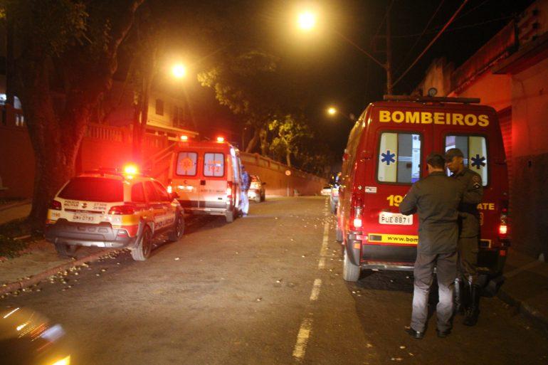 Motociclista bate em viatura dos bombeiros no bairro Pará