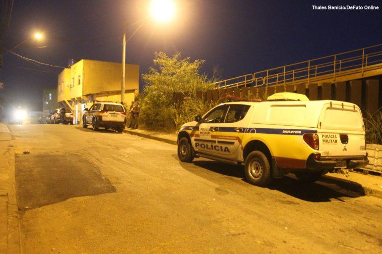 Adolescentes são detidos após furtar objetos em residência no Colina da Praia