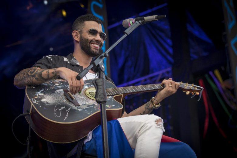 Inscrições para concurso que dará um violão entregue por Gusttavo Lima terminam neste domingo