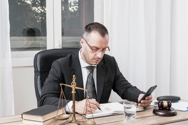 Escritório de advocacia: por que é importante monitorar os concorrentes?