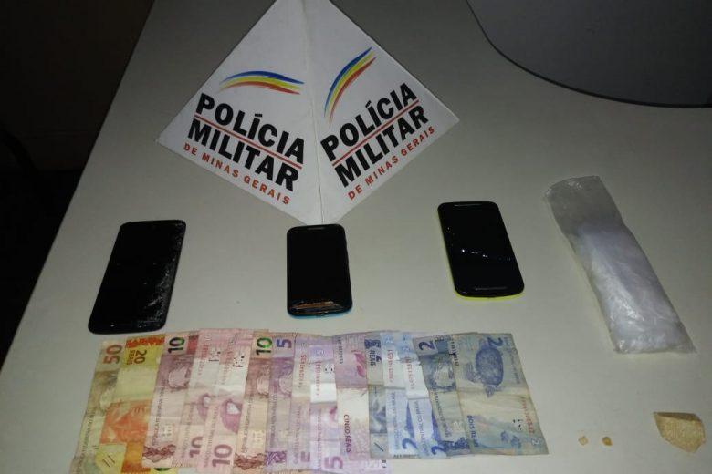 Trio é preso por tráfico de drogas em São Gonçalo do Rio Abaixo