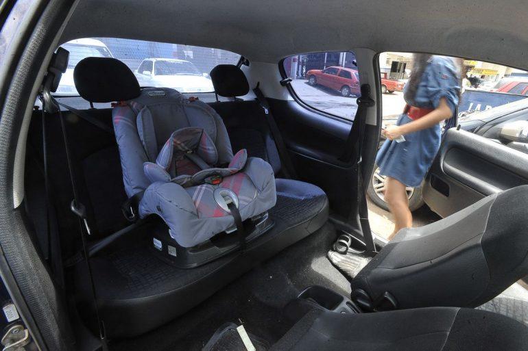 Após obrigação da cadeirinha, internações e mortes de crianças em acidentes de trânsito caem