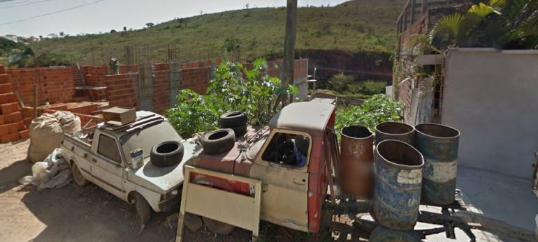 Operação para retirada de carcaças de veículos registra 12 notificações no primeiro dia em João Monlevade