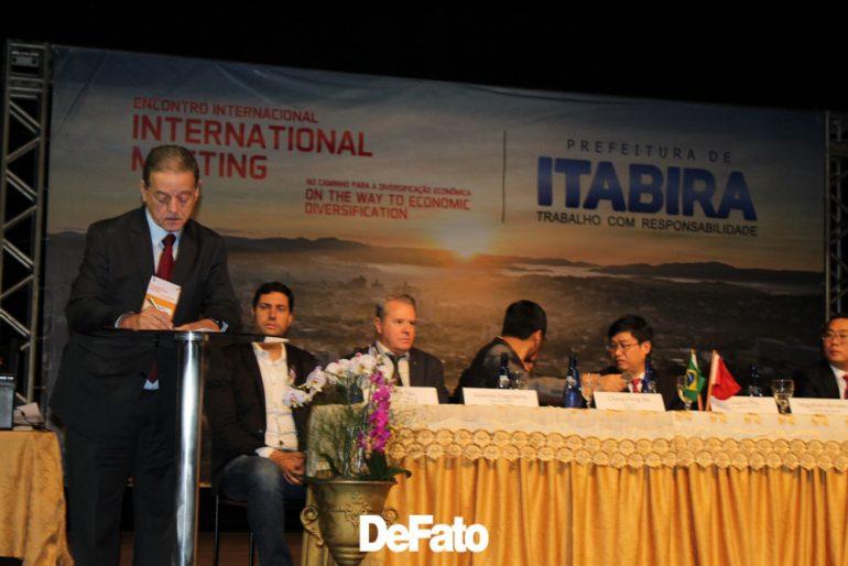 Imagem: Assinatura do Memorando de Entendimento Itabira/China