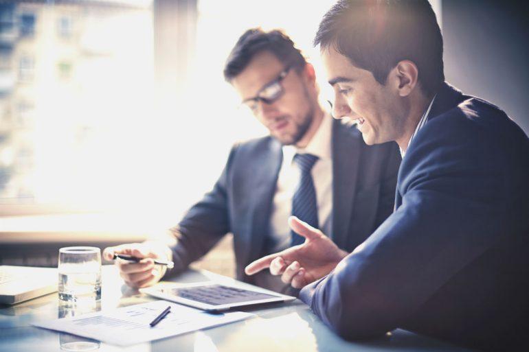 Una Itabira contrata profissionais para área comercial