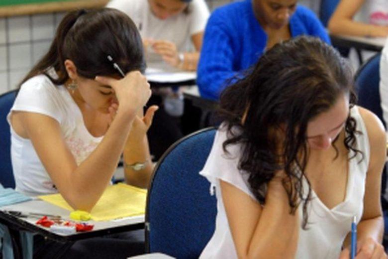 Alunos de escola integral têm mais chances de passar no vestibular, aponta estudo da FGV