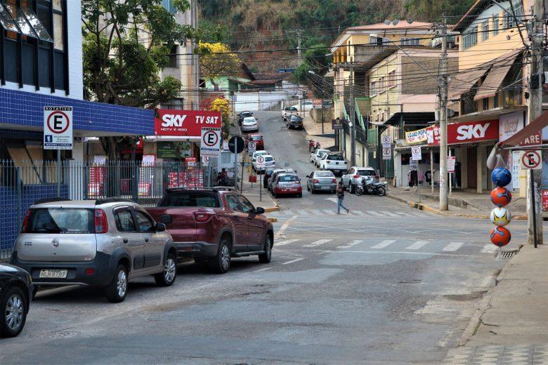 Prefeitura providencia instalação de semáforos para a próxima mudança no trânsito em Monlevade