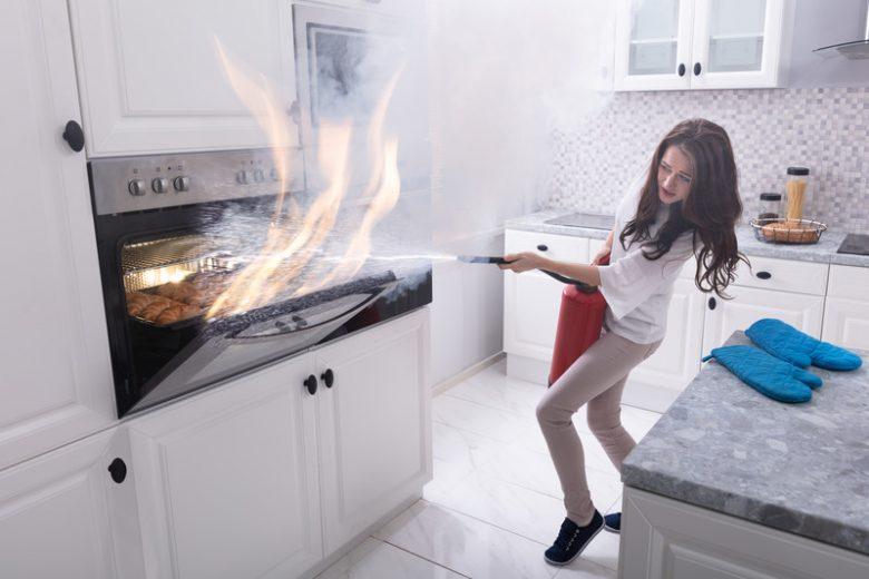 Seguro contra incêndio: quem deve pagar essa conta?