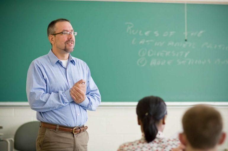 Prêmio Educador Nota 10 prorroga as inscrições até 3 de junho