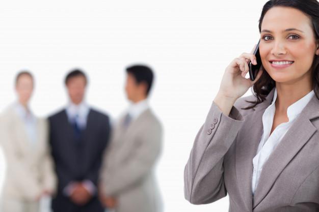Loja de celular contrata vendedores em João Monlevade