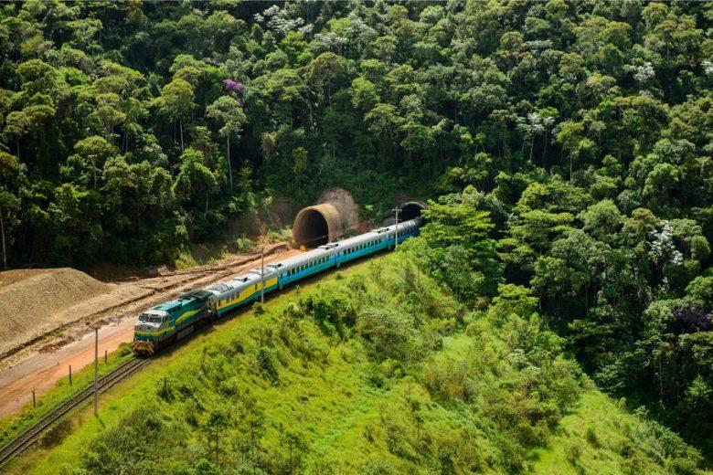 Risco na mina de Barão de Cocais altera circulação do trem Vitória-Minas