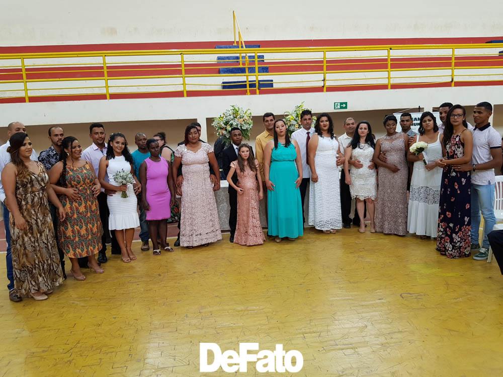 Casamento comunitário em Conceição do Mato Dentro