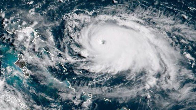 Resultado de imagem para Flórida entra em alerta para chegada do furacão Dorian