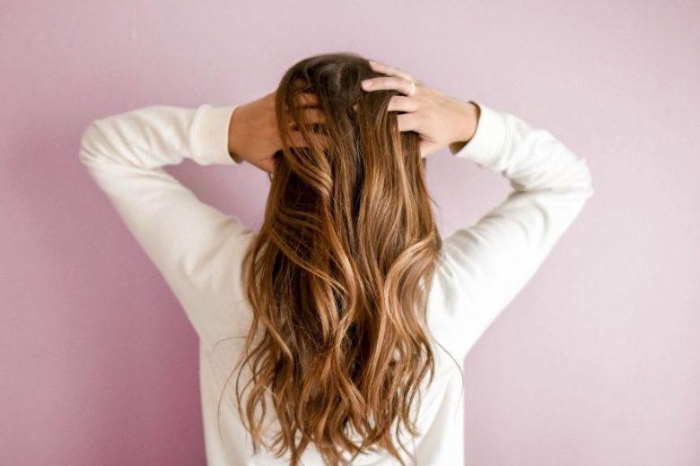 Clima seco influencia na textura dos cabelos